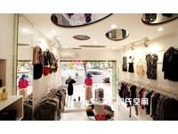 73平米服装专卖店装修设计效果图 (5)