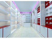80平米化妆品店装修设计效果图 (5)
