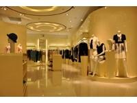 240平米服装店龙8国际pt老虎机设计效果图 (6)