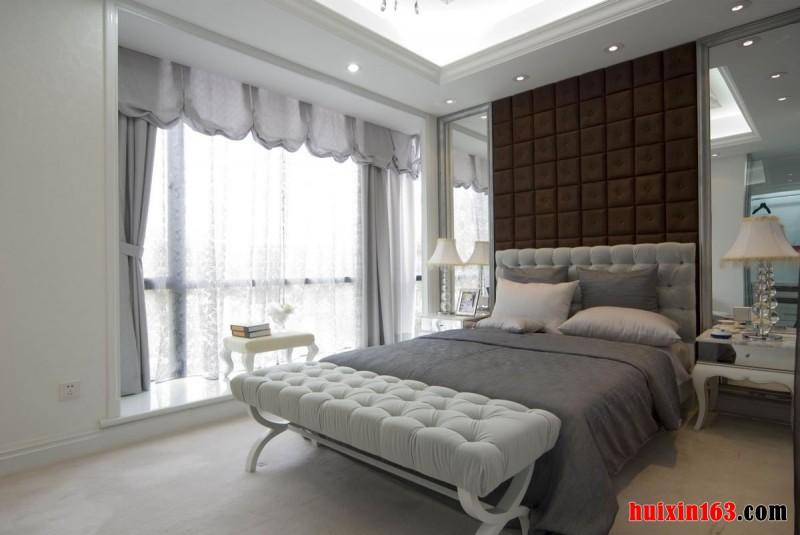 卧室床头背景墙_装修设计