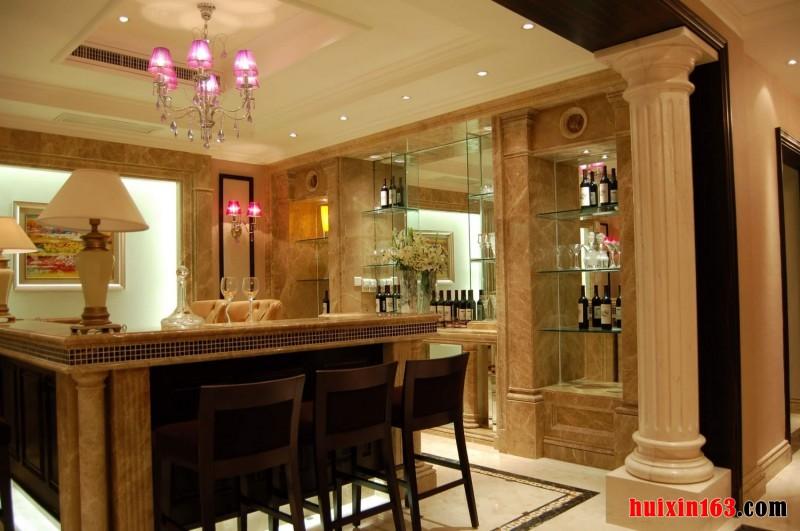 餐厅酒柜设计的优雅结合