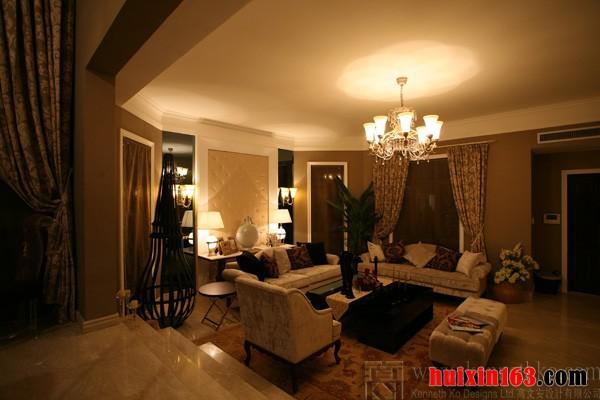 長方形格局客廳臥室簡單裝修